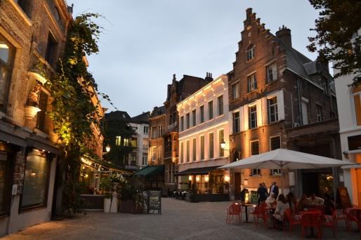 Antwerp (77)